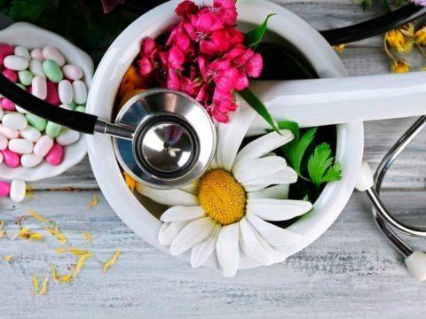 Почему традиционная медицина не лечит?
