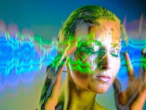 Как развить яснослышание