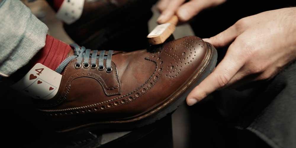 Про чистку обуви